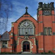 http://stlukeshoylake.com/wp-content/uploads/2015/04/St-Lukes-Church-facade.png